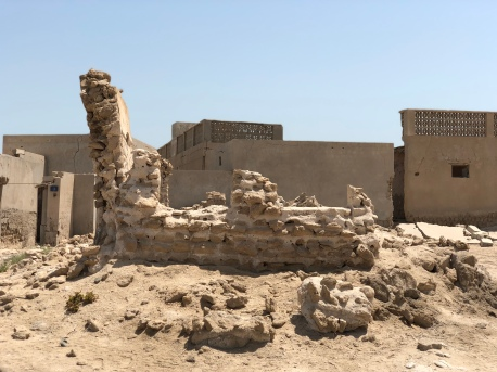 In 1830 about 200 people lived here in Al Jazirat Al Hamra. The population swelled to about 2,000 before the population left for Abu Dhabi.